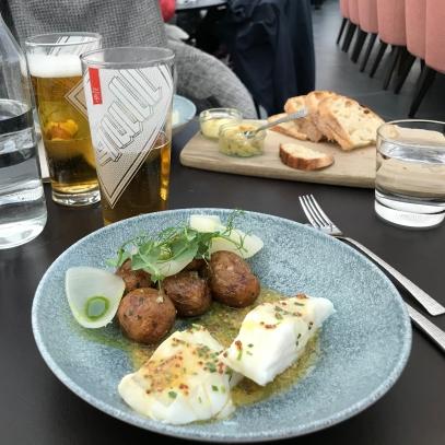 White fish dish with Icelandic Gull beer. Source: Savannah Hamelin